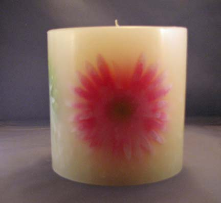 Round Flower Embedded Candle